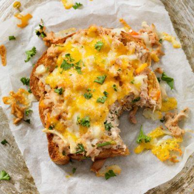 Thunfisch-Käse-Sandwich