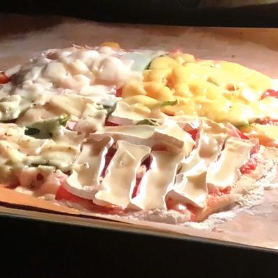 Vier-Käsezeiten-Pizza